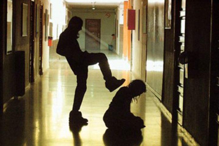 6 μήνες φυλάκιση για οποιον διαπράττει bullying