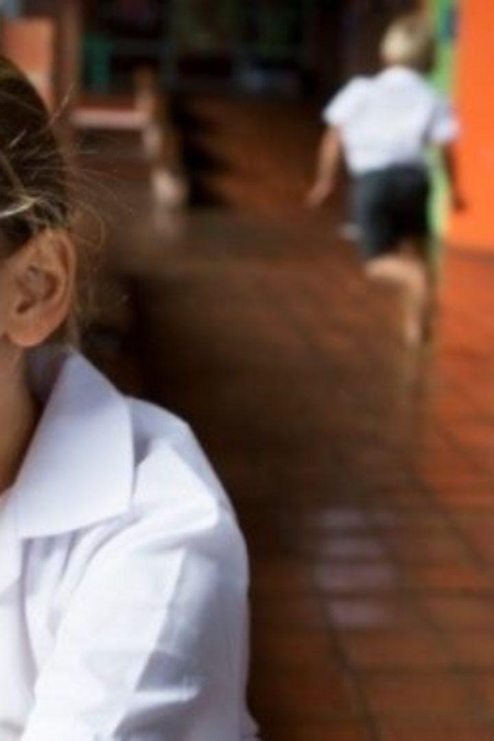 """«Η κορούλα μου είναι """"διαφορετική"""", όχι """"λιγότερη""""»: Η κατάθεση ψυχής μιας μάνας για την αυτιστική κόρη της"""