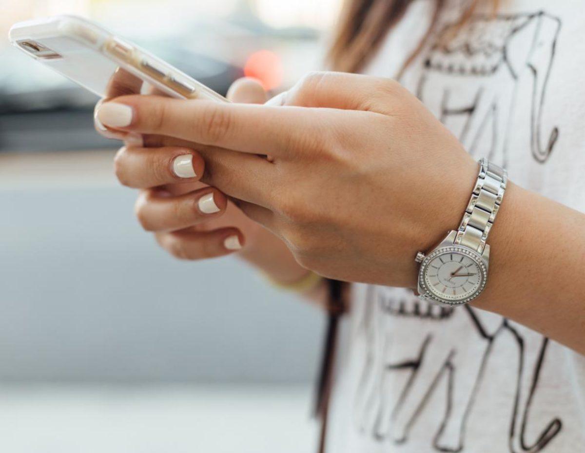 Η σωστή απολύμανση του κινητού μας εν μέσω κορωνοϊού