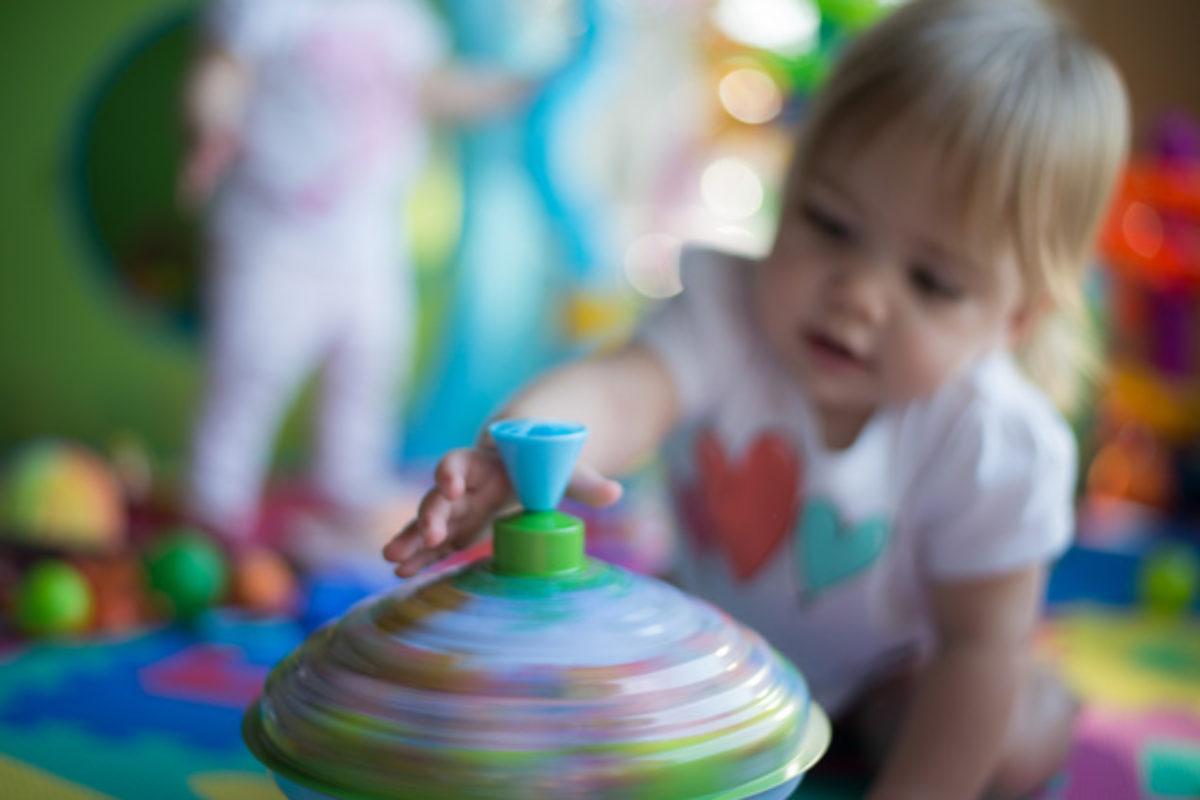 100 δραστηριότητες για παιδιά (αντί για τηλεόραση και οθόνες) – και φυσικά προσαρμόζουμε ανάλογα με τους ισχύοντες περιορισμούς!!!