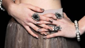 gel-semilac-nail-polish-removal-3