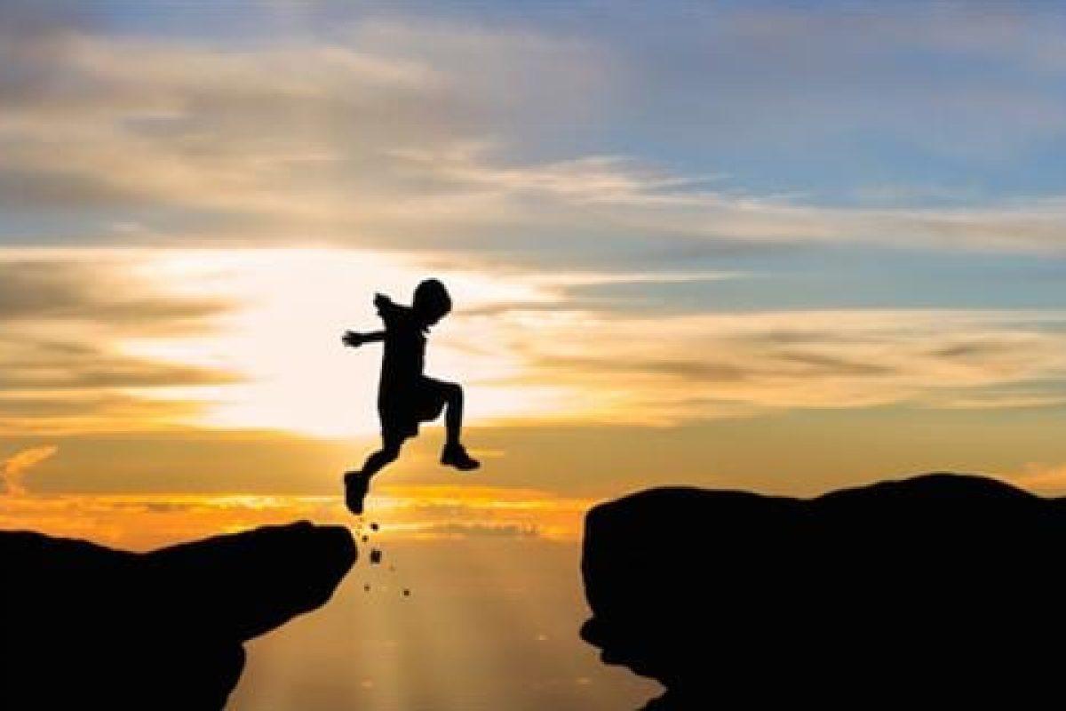 Καλύτερα να κάνουμε κάτι και να μην πετύχουμε, παρά να μετανιώσουμε επειδή δεν το τολμήσαμε!