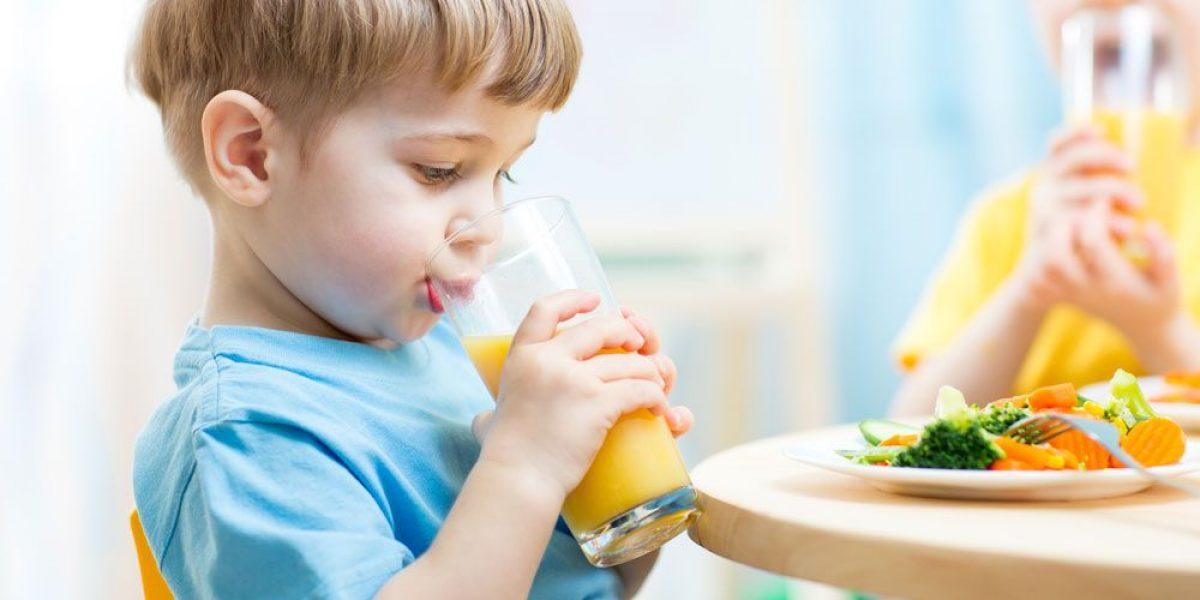 Η αξία του χυμού φρούτων στην παιδική ηλικία