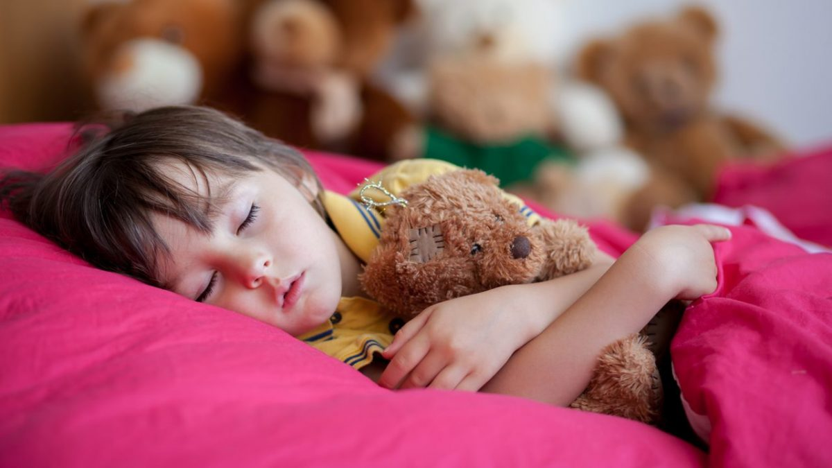 Παιδική παχυσαρκία: Πόσο επικίνδυνα είναι τα ξενύχτια