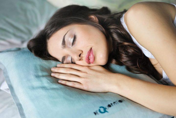 Χαμένος ύπνος: Γιατί δεν μπορούμε να τον αναπληρώσουμε το Σαββατοκύριακο