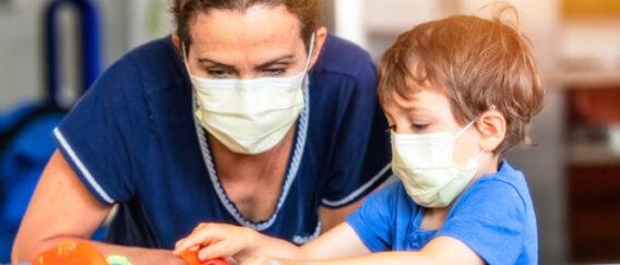 Κορωνοϊός: Τα παιδιά έχουν ιό και αντισώματα ταυτοχρόνως στον οργανισμό τους!