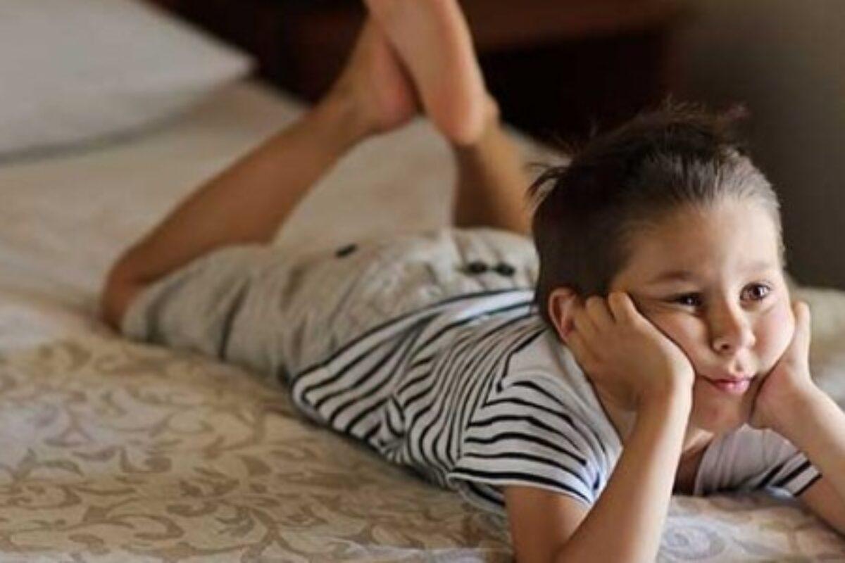 Παιδί και τηλεόραση: Τι πρέπει να προσέχουν οι γονείς;
