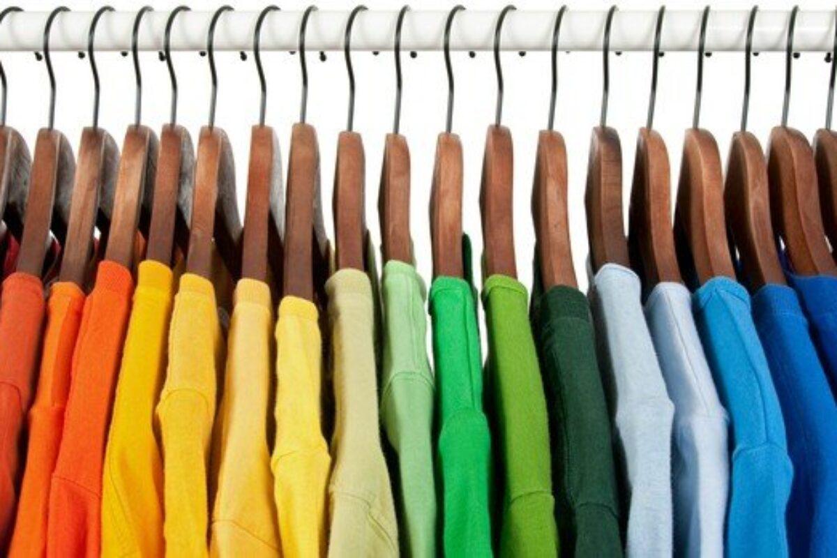 3 tips για να μη μυρίζουν τα ρούχα σου μετά το πλύσιμο!