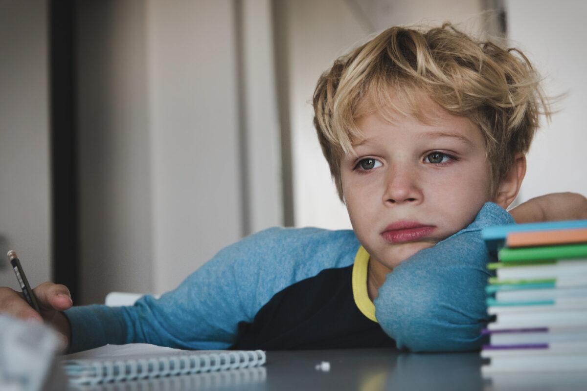Σχολικό άγχος: Επτά τρόποι να νικήσει το παιδί το φόβο για την απόδοσή του