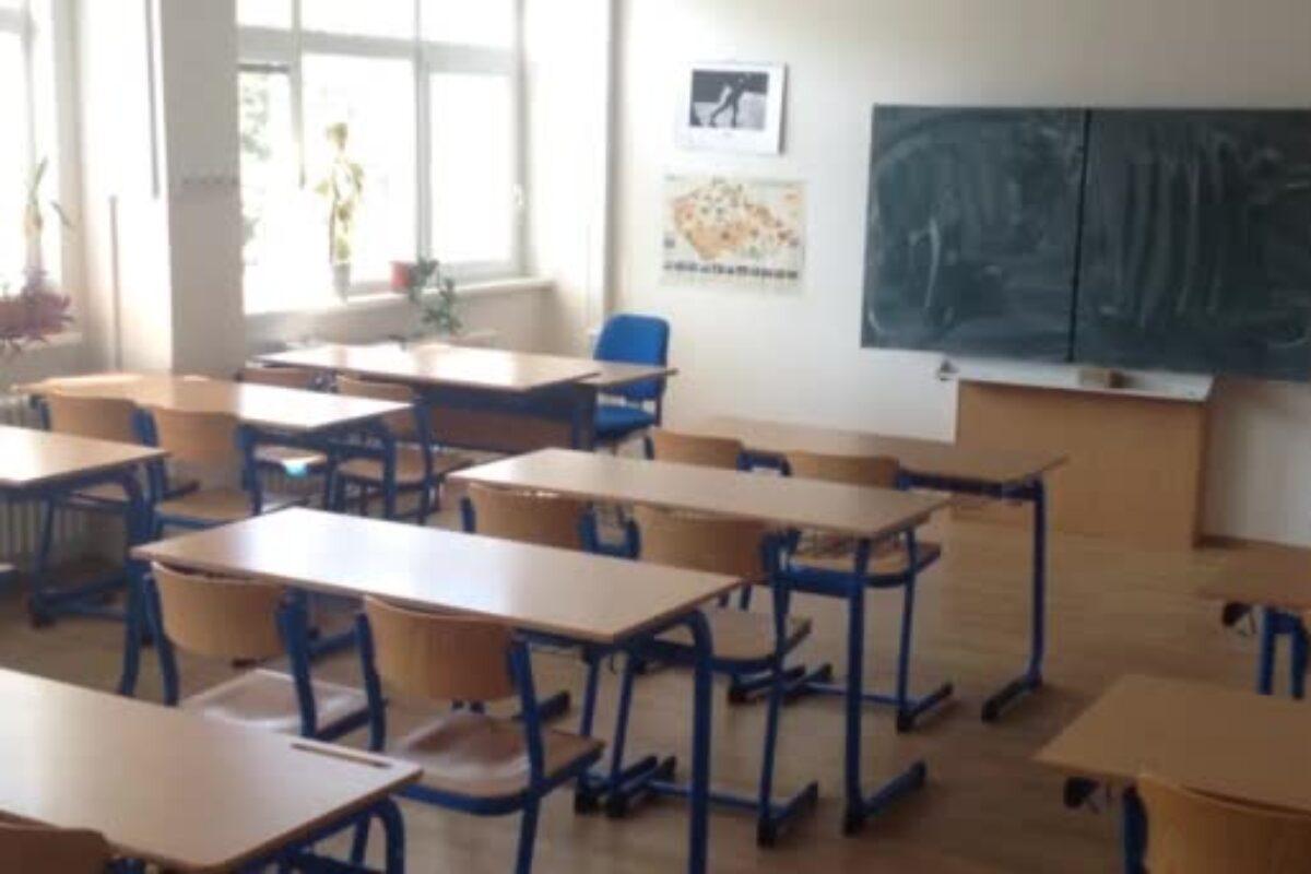 Παράταση σχολικού έτους μέχρι τα Χριστούγεννα σκέφτονται στην Ευρώπη