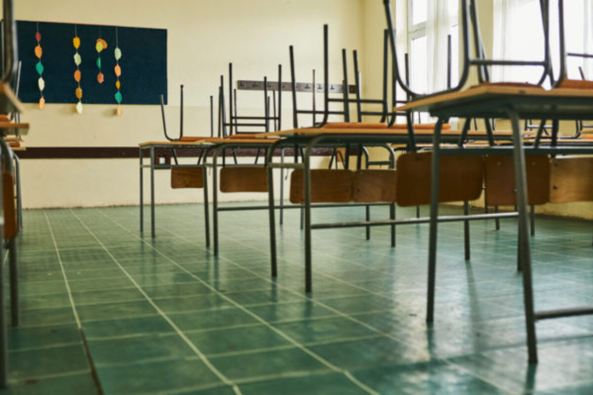 Κορονοϊός: Τι επίπτωση έχει το κλείσιμο των σχολείων στην εξάπλωση της COVID-19