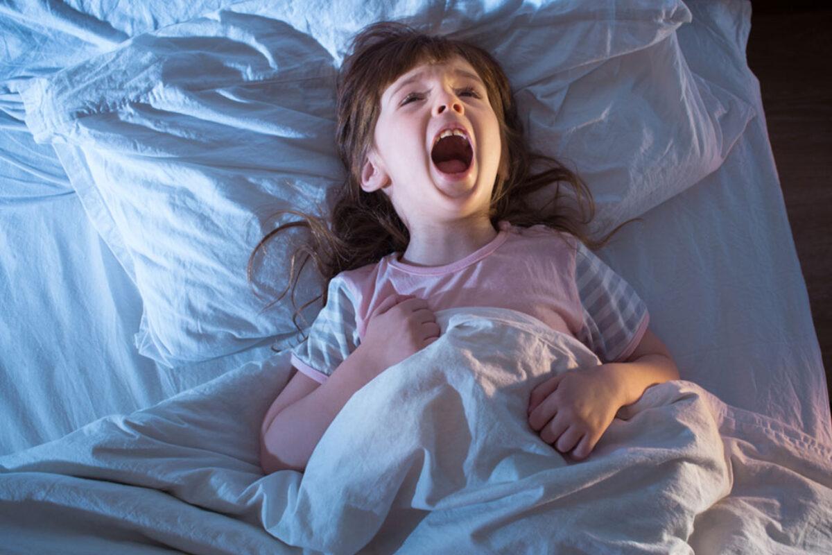 Γιατί βλέπουν εφιάλτες τα παιδιά και πώς να τα ηρεμήσουμε