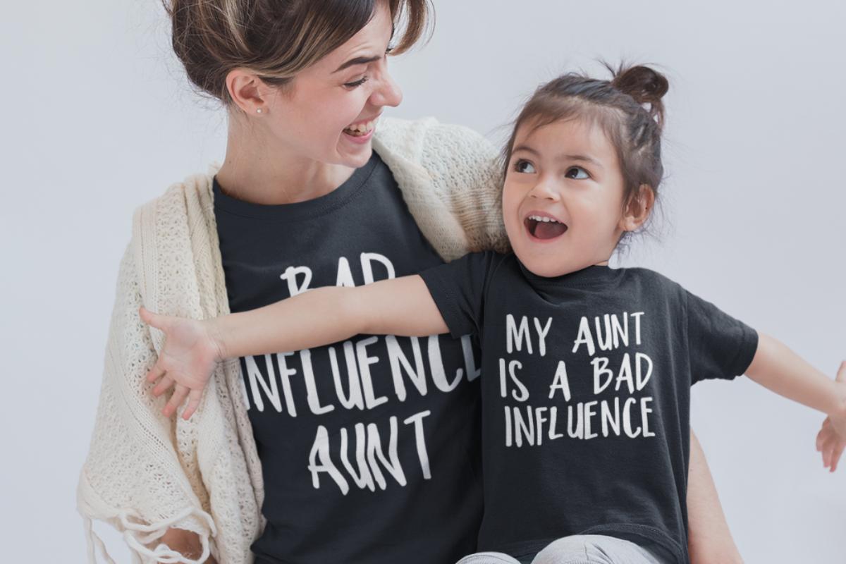 Σούπερ θεία σημαίνει αγαπώ τα ανίψια μου σαν παιδιά μου