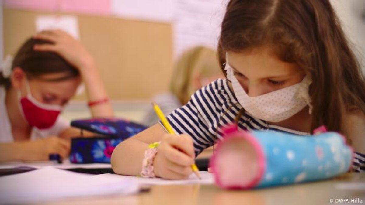 Γερμανία: Ανοικτά τα σχολεία όσο περισσότερο γίνεται, το λοκντάουν αυξάνει κατάθλιψη και ψυχοσωματικές διαταραχές, λένε οι παιδίατροι