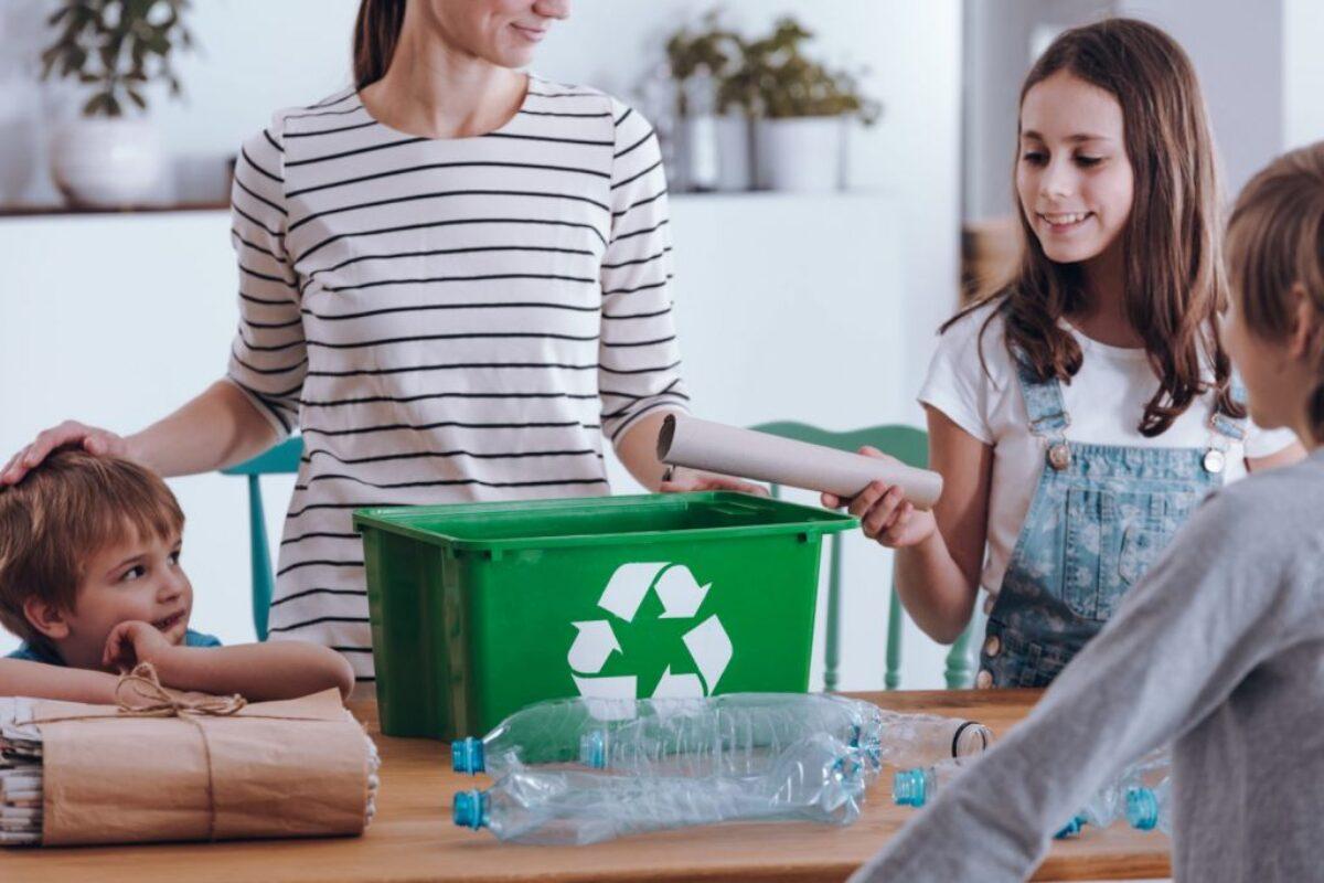 Πώς θα μεγαλώσουμε παιδιά που σέβονται το περιβάλλον
