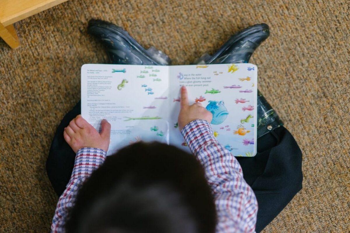 «Το παιδί μου δεν ασχολείται με παιδικά βιβλία, προτιμά το tablet»