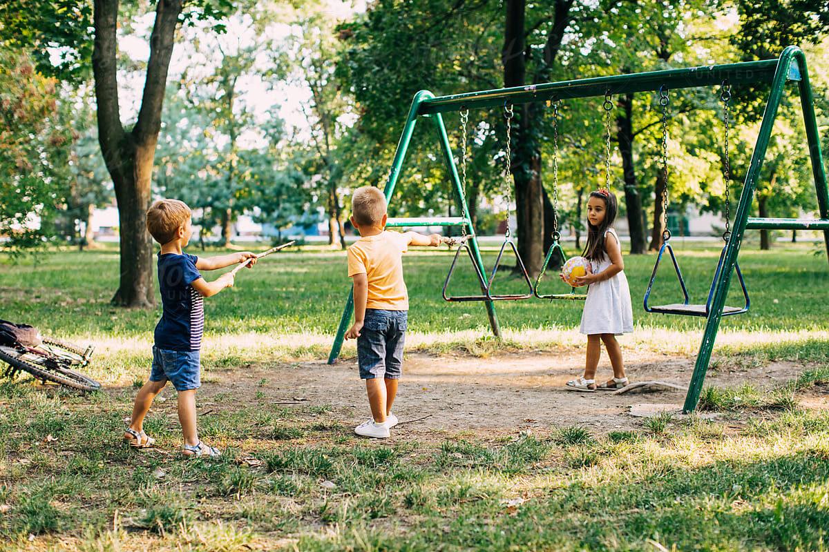 Τι απέγινε εκείνο το «θες να γίνουμε φίλοι;» των παιδικών μας χρόνων;
