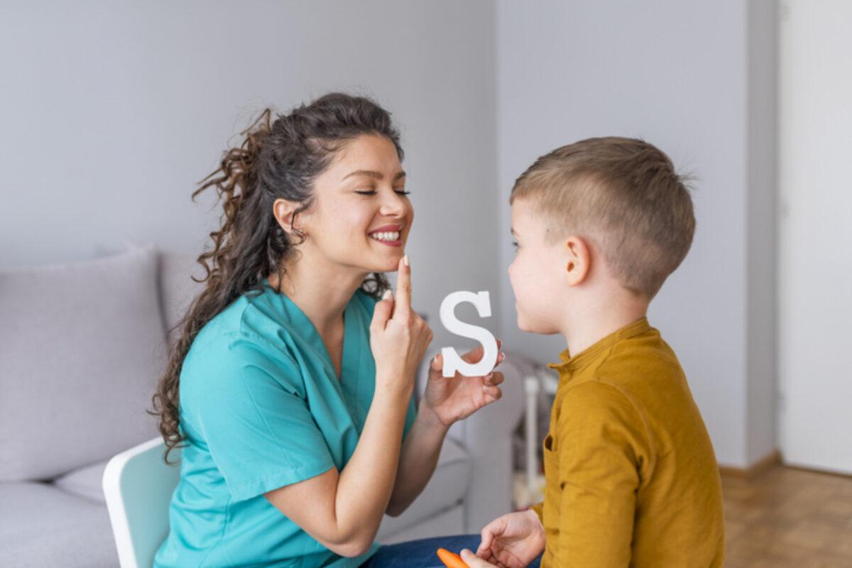 Η ανάπτυξη του λόγου και της ομιλίας του παιδιού – Πότε να συμβουλευτείτε τον ειδικό
